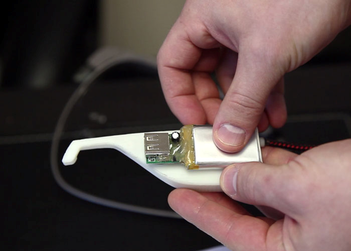 Prototype GazerG – Google Glass battery pack